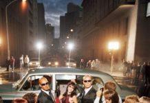 Popular celebrity entering red carpet