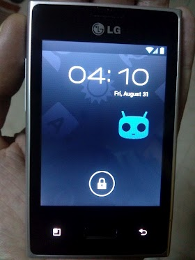 LG Optimus L3 E400 ICS Ice Cream Sandwich CM9 ROM Photos
